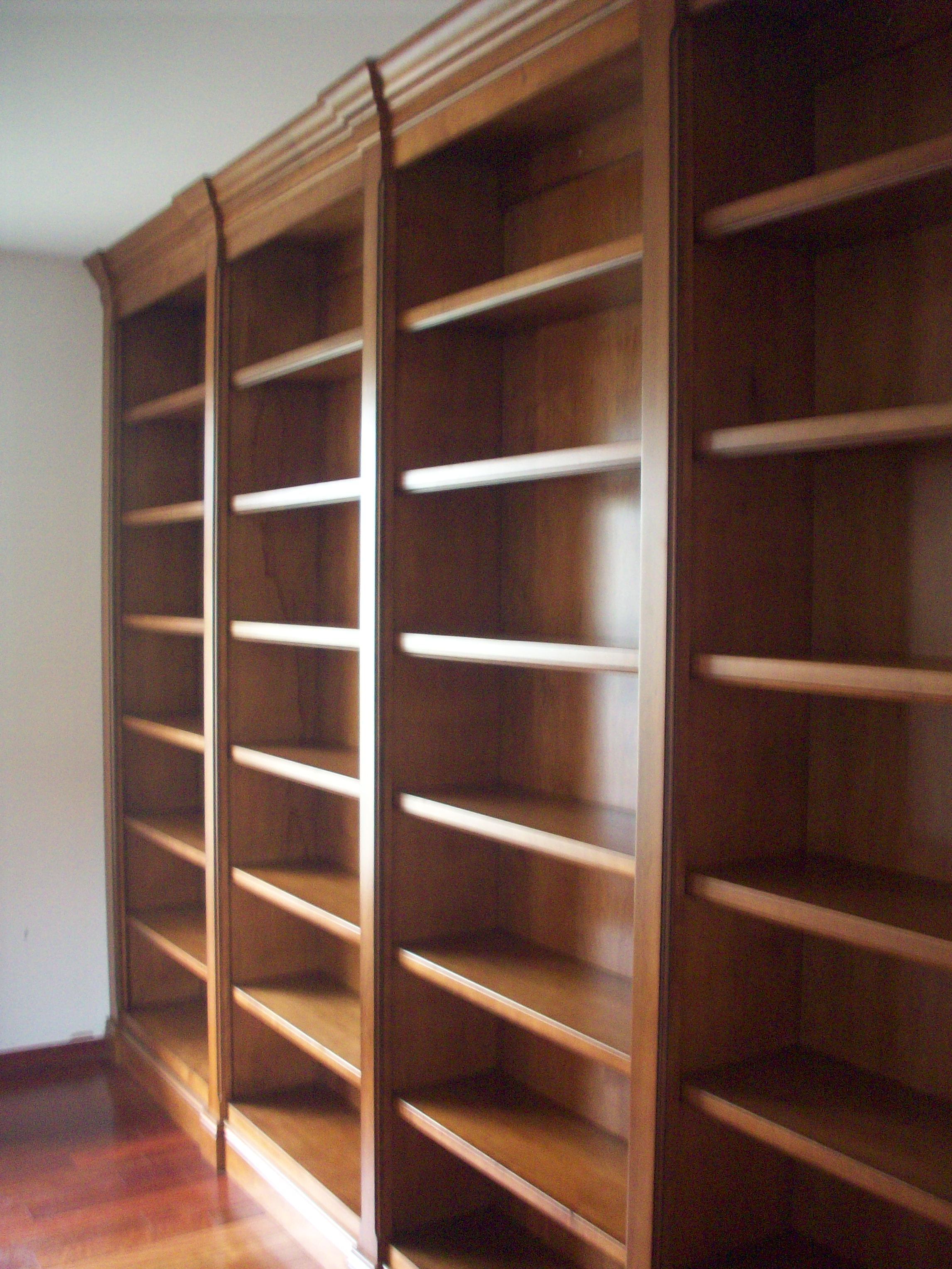 Floor To Ceiling Maple Bookcase With Walnut Glaze Nina Bookcase4 Bookcases C A Custom Woodworking Inc